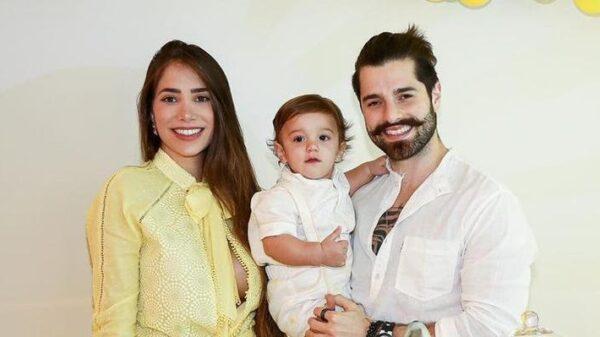 alok-e-romana-novais-celebram-primeiro-aniversario-do-filho-com-festa-tematica