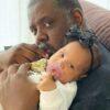 pericles-celebra-o-dia-internacional-da-familia-com-dedicatoria-para-a-filha-recem-nascida-e-esposa