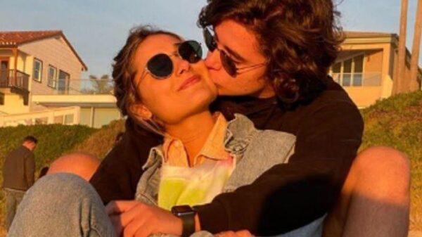 """sasha-meneghel-recebe-homenagem-de-namorado-em-seu-aniversario:-""""amor-da-minha-vida"""""""
