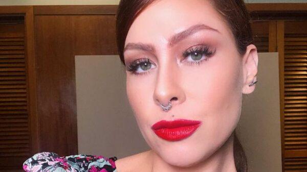Pitty mostra beleza e boa forma em suas redes sociais