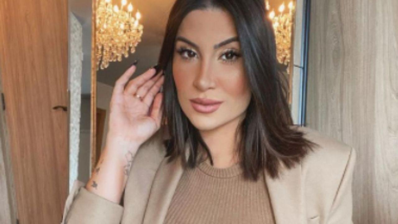 Bianca Andrade exibe a barriguinha de grávida