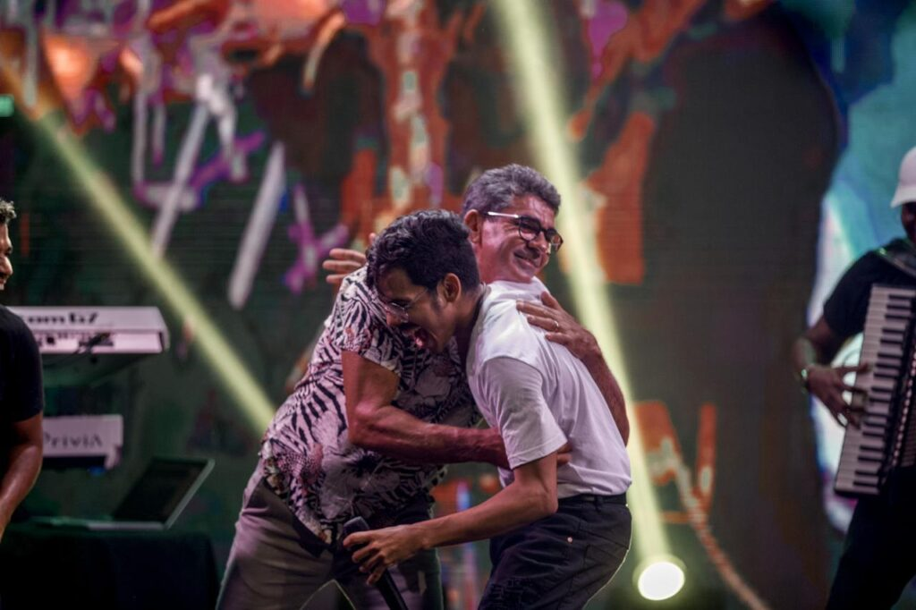Gabriel Diniz e o pai - Crédito: Foto/Divulgação
