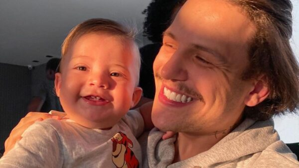 Saulo Poncio faz homenagem ao filho primogênito e encanta a web. Foto: Reprodução/Instagram