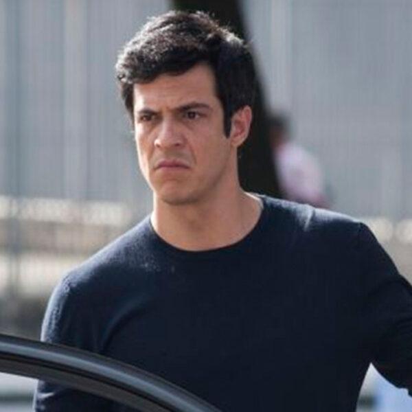 Eric (Mateus Solano) na novela Pega Pega - Crédito: Reprodução / Globo