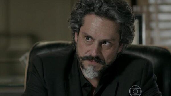 José Alfredo (Alexandre Nero) em Império - Crédito: Reprodução / Globo
