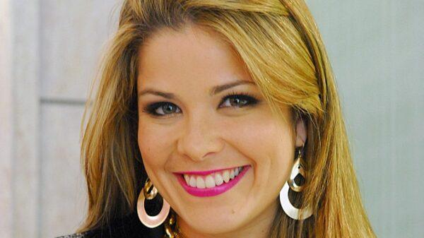 Samara Felippo relembra novela O Caçador