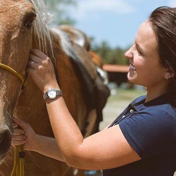 Larissa Manoela protagonizará cenas com cavalo em Além da Ilusão