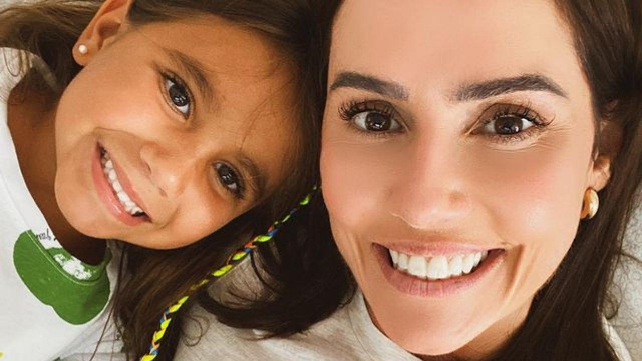 Maria Flor e Deborah Secco. Foto: Reprodução/Instagram
